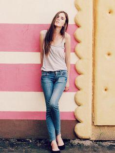 Shop this look on Kaleidoscope (tank, jeans, pumps)  http://kalei.do/WEikwua4SXM8iDwp
