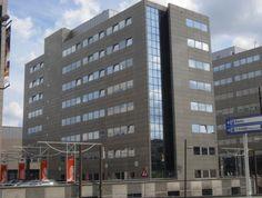 Kantoorruimte te huur in Eindhoven op een steenworp afstand van de Hightech Campus. Diverse afmetingen beschikbaar! Bepaal vrijblijvend uw huurprijs per maand en kom in onderhandeling.  https://www.huurbieding.nl/huur/kantoorpanden/1-11420/eindhoven/schimmelt-28.html  #kantoorruimte #kantoor #tehuur #huren #Eindhoven #NoordBrabant #Brabant #Nederland #NL #Hightech #Campus #verhuur #Huurbieding #ondernemer #gezocht #vastgoed