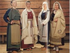 Really nice to see the variation in Finnish folk dress. The longer shawl I feel would suit the character of the brothers wife. I think the shawl gives a more mature look to the outfit. Viking Garb, Viking Reenactment, Viking Dress, Medieval Dress, Historical Costume, Historical Clothing, Folk Costume, Costumes, Viking Clothing