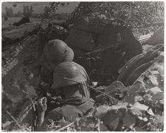 Republican soldiers, Brunete, Spain, July 1937//Gerda Taro