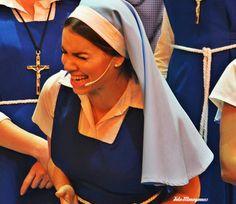 Las otras noches por el Teatro Opera ,Esperanza Mia ! Queeeee !! Lali Esposito.