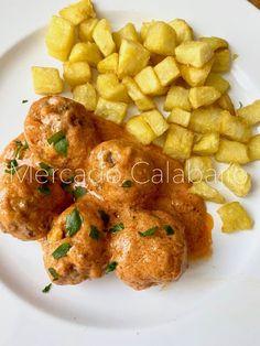 Albóndigas con salsa de tomate y mascarpone Carne Picada, Main Dishes, Curry, Keto, Cooking, Ethnic Recipes, Kitchen, Diabetes, Interior