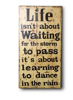 This vintage wooden print comes in Antique Yellow that gives highlight to your home interiors. Learn To Dance, Dancing In The Rain, Happy Life, Modern Furniture, Waiting, Wall Art, Learning, Antiques, Fun