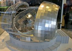 This photo shows the model of the The European Extremely Large Telescope. The model is in Oxford University.