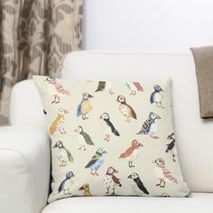 Panama Puffin 2 – kremová Panama, Throw Pillows, Toss Pillows, Panama Hat, Cushions, Decorative Pillows, Decor Pillows, Scatter Cushions, Panama City
