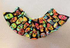 Reversible  Dog Neckwear - Ruffles.  Give your pet 2 completely different…
