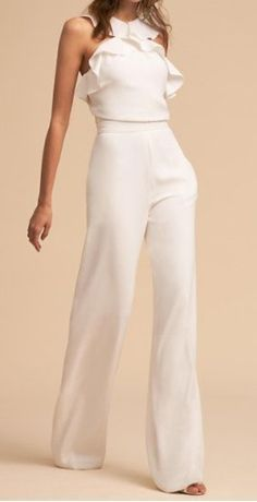 Elegant Falbala Vacation Jumpsuit Description Product Name Fashion elegant falbala vacation jumpsuit Brand Name Wakasia SKU Gender Women Season Spring/Summer Type Lady/Elegant/Fashion Occasion Office/Daily life/Date Pattern Plain Please Note White Outfits, Casual Outfits, Fashion Outfits, Cheap Skinny Jeans, Cheap Jeans, Best Travel Pants, Mode Blog, Overall, Mode Style