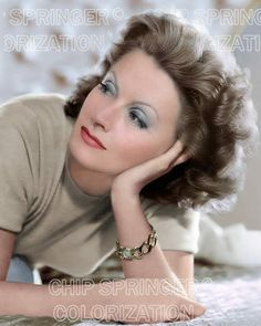 Great color photo of Greta Garbo Old Hollywood Glamour, Golden Age Of Hollywood, Vintage Hollywood, Hollywood Cinema, Hollywood Stars, Hollywood Actresses, Classic Hollywood, Marlene Dietrich, Brigitte Bardot