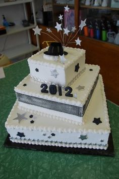 High School Graduation Cakes | ... our Bakery Shop front lobby as an example of a Custom Graduation Cake