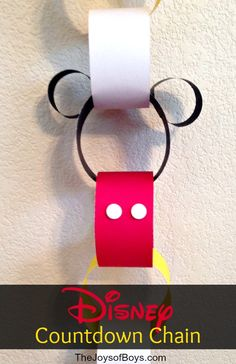 Disney Countdown Chain Craft - Countdown the days until your Disney Vacation in Style!