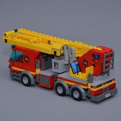 The bronto skylift fire truck #Lego #Legocity #legofire #legofiretruck #firetruck #fire #brandbil #bronto #skylift #legofirestation #legosverige #moc #afol #sverige #räddningstjänsten #911 #112 #ladder #laddertruck #notaffraidofheights #firefighter #fireman #brandman #brontoskylift #swebrick #theswedishlegomaniac