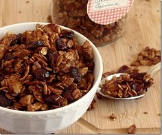 Start the day off right with nutritious Chocolate Granola. A healthy granola recipe with oats, wheat germ, and almonds, sweetened with honey. What could be better? Breakfast Time, Breakfast Recipes, Snack Recipes, Cooking Recipes, Breakfast Cereal, Breakfast Burritos, Breakfast Dishes, Healthy Snacks, Healthy Eating