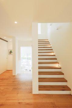 Moderne gangen, hallen & trappenhuizen van Ferreira | Verfürth und Partner Architekten mbB