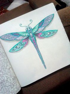Resultado de imagem para Inspirational coloring pages from Secret Garden, Enchanted Forest and other coloring books for grown-ups. Joanna Basford, Enchanted Forest Coloring Book, Johanna Basford Secret Garden, Mandala, Secret Garden Coloring Book, Dragonfly Art, Dragonfly Tattoo, Johanna Basford Coloring Book, Coloring Tips