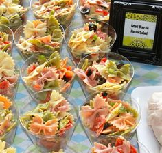 Easy to makeperfect for the theme of Bowties or Bows … Mini bowtie pasta salad! Easy to makeperfect for the theme of Bowties or Bows …,Elvira Bruno Mini bowtie pasta. Comida Baby Shower, Baby Shower Appetizers, Baby Shower Menu, Baby Shower Snacks, Baby Shower Brunch, Baby Shower Fall, Baby Boy Shower, Baby Shower Food For Girl, Food Baby
