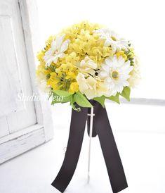 菜の花とガーベラのクラッチブーケ Silk Flower Bouquets, Silk Flowers, Home Decor, Flowers, Decoration Home, Room Decor, Interior Design, Home Interiors, Interior Decorating