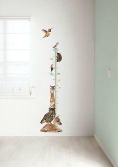 Leuke groeimeter die je zo op de muur plakt - de Forest Friends dieren houden je gezelschap. Price €59,95
