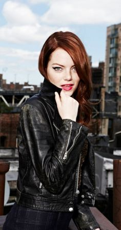 Emma Stone has my favorite shade of red hair Gorgeous Women, Beautiful People, Actress Emma Stone, Non Plus Ultra, Cultura Pop, Girl Crushes, American Actress, Red Hair, Redheads