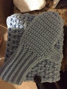 Matching cowl and mittens