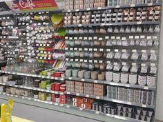 Cake Supply Store, Kitchen Supply Store, Beauty Supply Store, Supermarket Design, Retail Store Design, Bb Shop, Deco Jungle, Store Layout, Sainte Marie