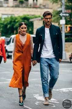 New York SS 2019 Street Style: Olivia Palermo and Johannes Huebl - Dress World for Men Street Look, Street Chic, Street Wear, Fashion Couple, All Fashion, New York Fashion, Street Fashion, Fashion Dresses, Fashion Trends