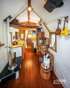 Interior Tiny House on wheels!