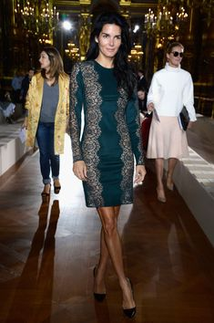 Angie Harmon Photos - Angie Harmon attends the Stella McCartney show as part of the Paris Fashion Week Womenswear Spring/Summer 2014 at Palais Garnier on September 30, 2013 in Paris, France. - PFW: Front Row at Stella McCartney