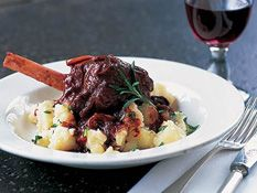 Georgie Gardner reveals her famous lamb shanks recipe and cooks them on the show.