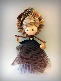 Best 12 Doll brooch by AlexandraStanShop on Etsy – SkillOfKing.Com – SkillOfKing. Yarn Dolls, Felt Dolls, Fabric Dolls, Doll Crafts, Yarn Crafts, Doll Sewing Patterns, Clothespin Dolls, Tiny Dolls, Flower Fairies