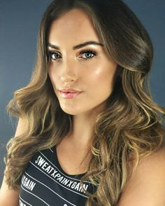 Makeup Photoshoot, Bronze Makeup, Hair Makeup, Campaign, Hairstyles, Haircuts, Hairdos, Party Hairstyles, Hair Looks