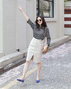 Love these korean fashion trends 7116907770 Korean Girl Fashion, Ulzzang Fashion, Korea Fashion, Asian Fashion, Look Fashion, Daily Fashion, Everyday Fashion, Modest Fashion, Fashion Outfits