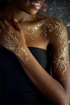 Les #tatouages #paillettes