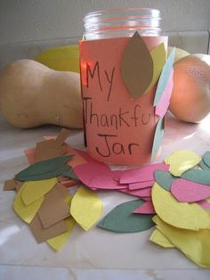 Looking for a simple Thanksgiving craft? Make a family thankful jar with your kids to help them share the things they are thankful for this year.