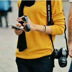 Photographer Camera Self Photography Ultra HD Mobile Wallpaper. Author: Dev A… Photographer Camera Self Photography Ultra HD Mobile Wallpaper. Lovely Girl Image, Cute Girl Photo, Girl Photo Poses, Stylish Girls Photos, Stylish Girl Pic, Cool Girl Pictures, Girl Photos, Hipster Glasses, Girls With Cameras