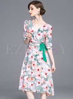 Shop for high quality Street Floral Print V-neck Skater Dress online at cheap prices and discover fashion at Ezpopsy.com
