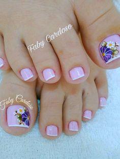 Resultado de imagen para pedicura con dise o manicure manicure uas cortas Pretty Pedicures, Pretty Nails, Pretty Toes, Pedicure Designs, Toe Nail Designs, French Pedicure, French Nails, Toe Nail Art, Toe Nails