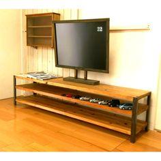 S Style, Flat Screen, Creema, Wood, Furniture, Blood Plasma, Woodwind Instrument, Timber Wood, Flatscreen