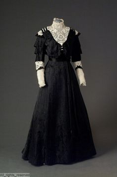 1900s Fashion, Edwardian Fashion, Vintage Fashion, Antique Clothing, Historical Clothing, Vintage Gowns, Vintage Outfits, Edwardian Dress, Edwardian Era
