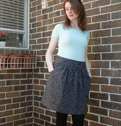 Fabric Tragic: Simplicity 2226 - The Single White Female skirt