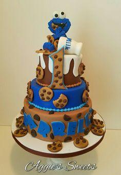 Cookie Monster Birthday Cake - My WordPress Website Monster Birthday Cakes, Monster 1st Birthdays, Monster Birthday Parties, Elmo Birthday, Baby Boy Birthday, Birthday Cupcakes, Birthday Ideas, Cookie Monster Cupcakes, Cupcake Cakes