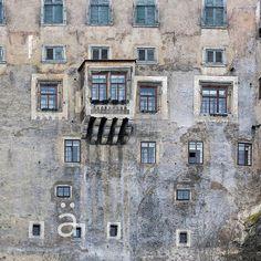 a #window into a #brave new #world #ceskykrumlov #history #foto #photography #li #konradporodphotography #phototravel Brave, Windows, History, World, Photography, The World, Fotografie, Photography Business, Window
