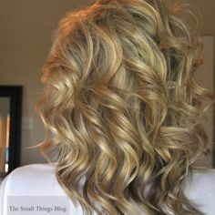 How to curl your hair with a curling wand!