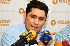 Carlos Vecchio culpa a dirigentes de la MUD  http://www.facebook.com/pages/p/584631925064466