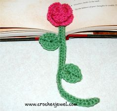 Roses are some of the most beautiful flowers and a crochet rose never wilts! Here are 16 beautiful blooms.all free patterns too! Crochet Butterfly, Crochet Flower Patterns, Crochet Flowers, Crochet Bookmarks, Crochet Books, Book Markers, Diy Crafts For Gifts, Crochet Videos, Crochet Slippers