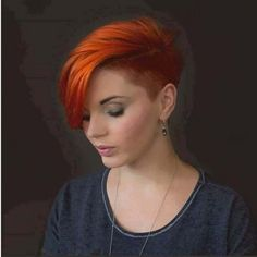 I love this red hair color and undercut. A classy edgy hairstyle for women. Short Hair Undercut, Undercut Hairstyles, Pixie Hairstyles, Pretty Hairstyles, Pixie Haircuts, Curly Hair Styles, Natural Hair Styles, Sassy Hair, Short Hair Cuts For Women