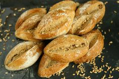 Wholegrain Spelt Bread Rolls look for other great looking recipies on this site (bagetts).