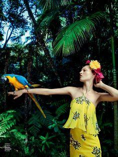 poder tropical: paloma passos by eduardo rezende for marie claire brasil sept