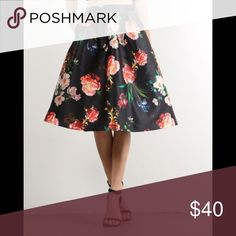 LAURA mid waist floral skirt with pockets small 💕 Black skirt with floral pattern. Size small. Two side pockets. Brand new with tags. Ordered from zulily.com and cannot return. LAURA Skirts Midi
