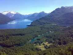 Rio Los Alerces y Lago Futalaufquen Chubut, Argentina