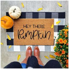 Hey there Pumpkin! In love, love, love with my new Fall doormat! 🧡 Check out my stories to see how I used Cricut Design Space to make… Fall Doormat, Cricut Design, Pumpkin, Space, Create, Check, How To Make, Home Decor, Floor Space